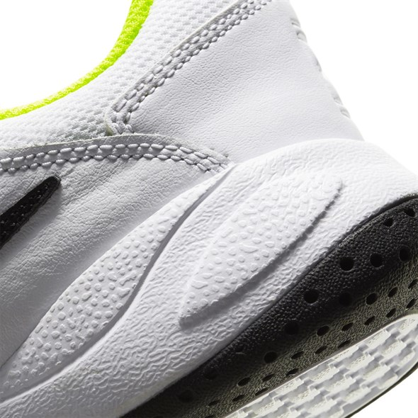 Кроссовки детские Nike Court Lite 2 White/Black/Volt  CD0440-104  sp20 - фото 17652